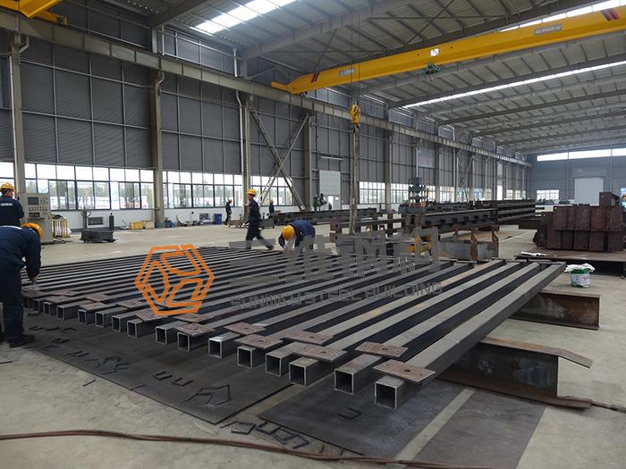 钢结构施工工艺拼装