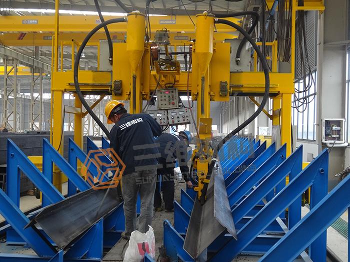 钢结构施工工艺校正
