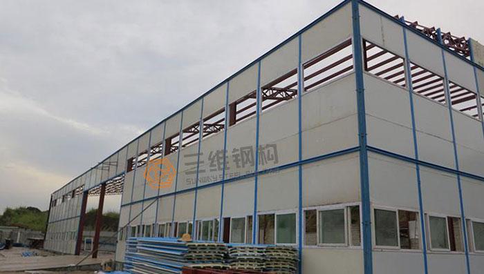 轻钢结构厂房施工制作工艺:包括工艺流程的选择,放样,号料,切割