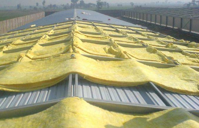 钢结构厂房的隔热棉安装
